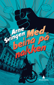 Med-beina-paa-nakken_productimage